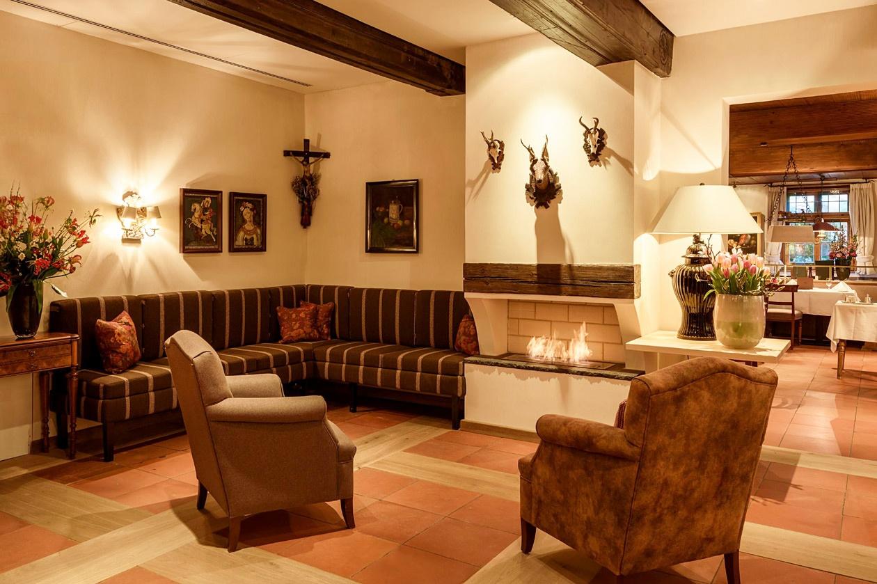 """Restaurant """"August und Maria"""" im Brauereigasthof Hotel Aying"""