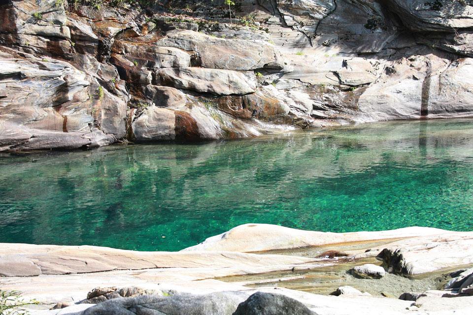 Verzascatal - am grünen Wasser