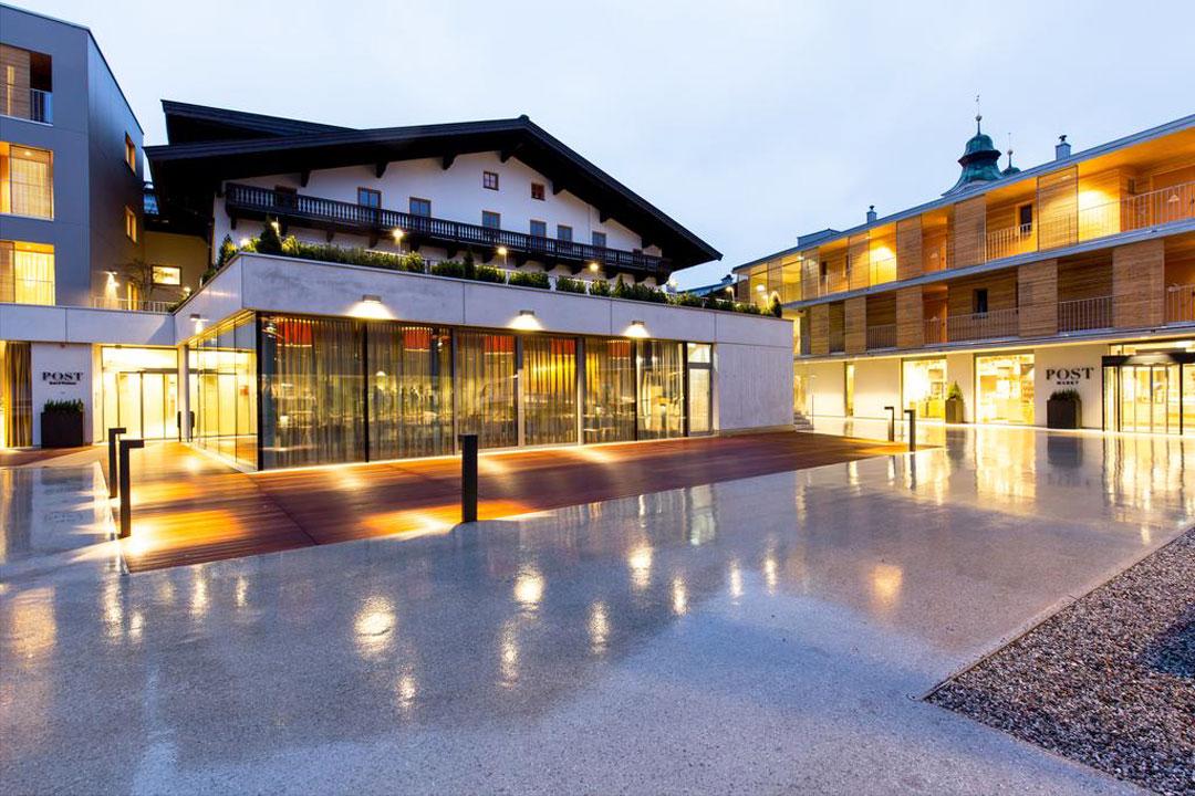 Aussenansicht vom Hotel Post in St. Johann