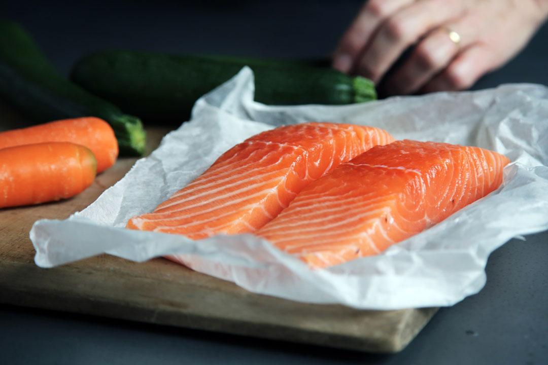 Nicht nur Fleisch kann so gegart werden, sondern auch Fisch oder Gemüse.