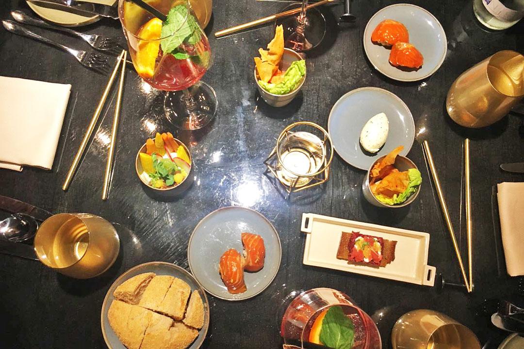 Gedeckter Tisch mit Speisen vom Fränkness & Imperial in Nürnberg